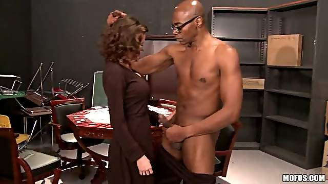 Veronica Avluv is a Horny Sex Maniac
