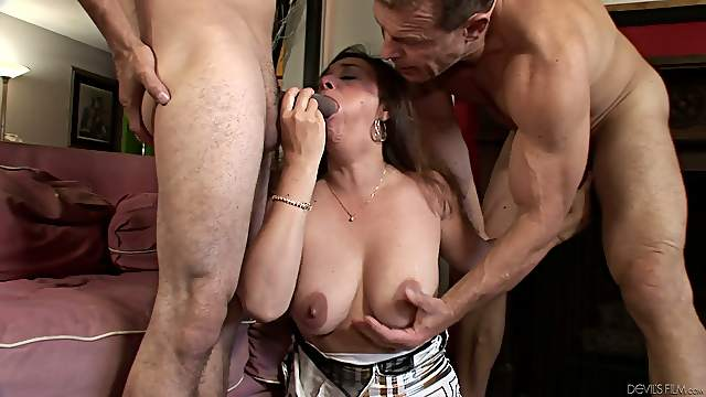 A bisexual threesome with a busty brunette