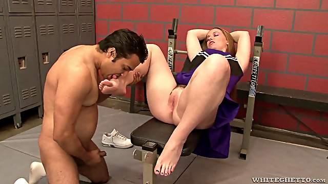 Gorgeous cheerleader getting her hole stuffed in the locker room