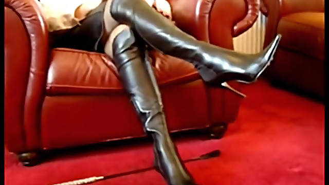 Gorgeous leather boots on a milf