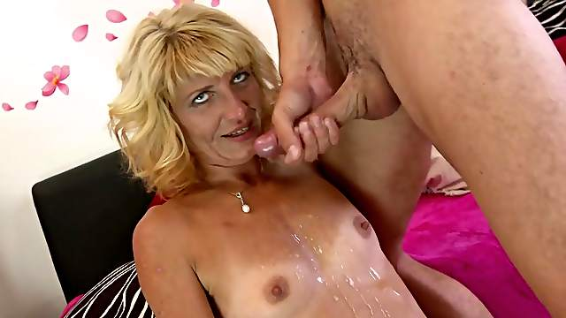 Dirty mature Iveta gives a sloppy blowjob and gets drilled deep