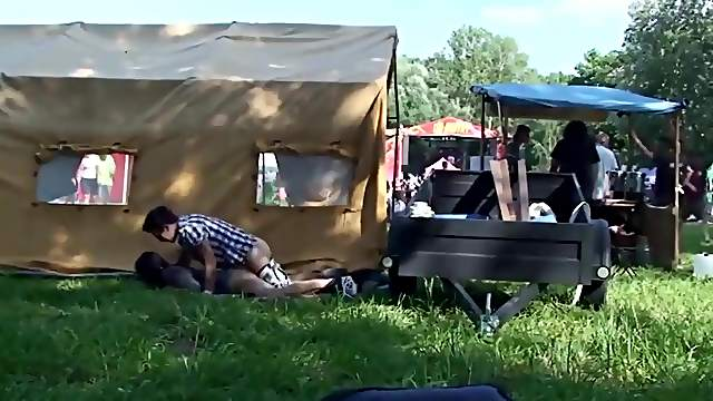 Spy Cam Sex Public By Amateur Teen Couple Caught At Music Festival