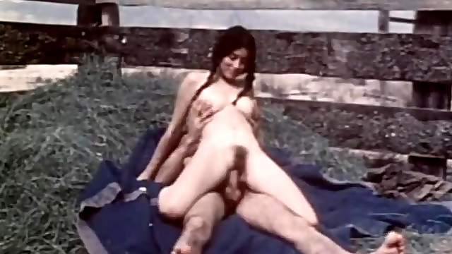 Noon Time Sex Break Outdoor