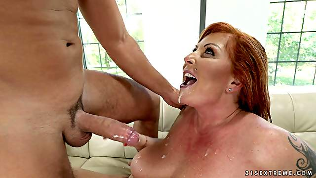 Busty mature Tammy Jean knows how to please her partner