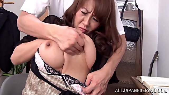 Steamy Japanese MILF Rides Hard Cock On Cumshot Scene
