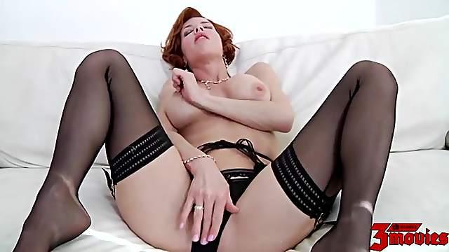 Lusty milf slut Veronica Avluv bangs a big cock