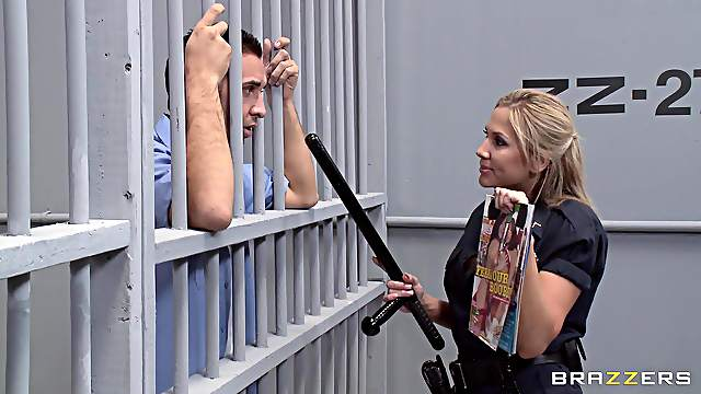 First time in prison and this guy gets pussy