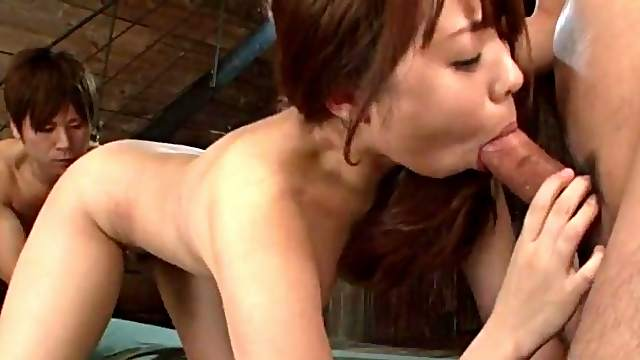 Teen works two dicks in perfect Asian threesome