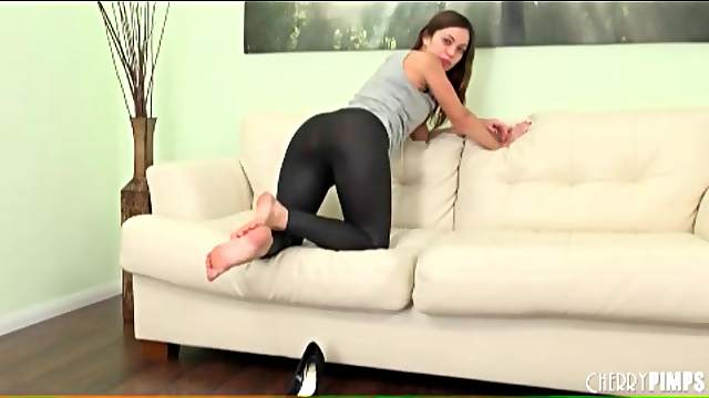 Skintight black leggings on Alyssa Reece