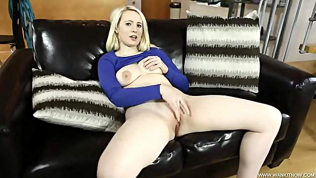 Arousing milky white blonde masturbates tenderly