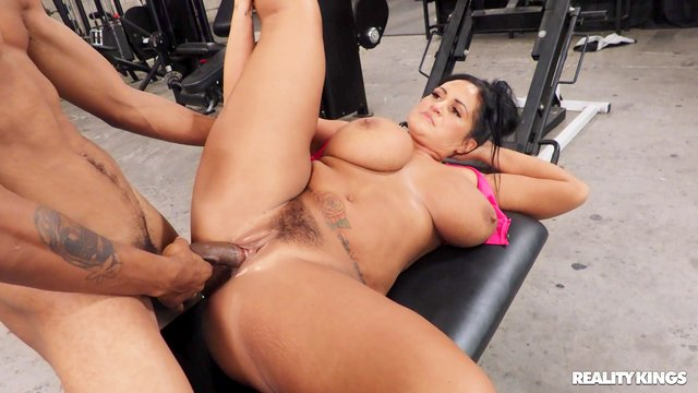 Chubby whore with giant tits, first time interracial fucked at the gym