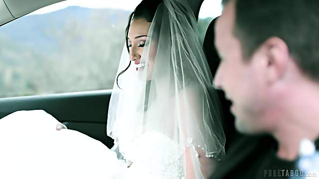 Bride to be tries one last hardcore shag before becoming a good girl