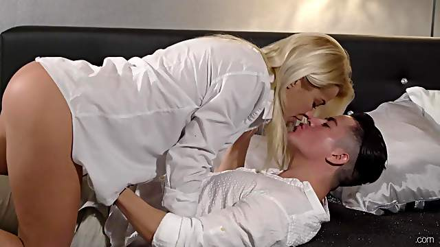 Nude blonde licked and fucked in her glorious cunt