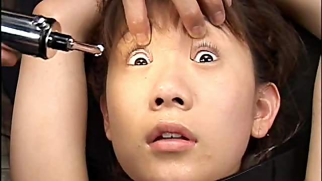 Japanese in hardcore BDSM