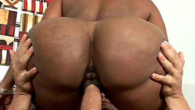 Big ass ebony getting hard fucked